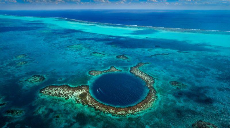 Best coral reefs around the world (Part I.)