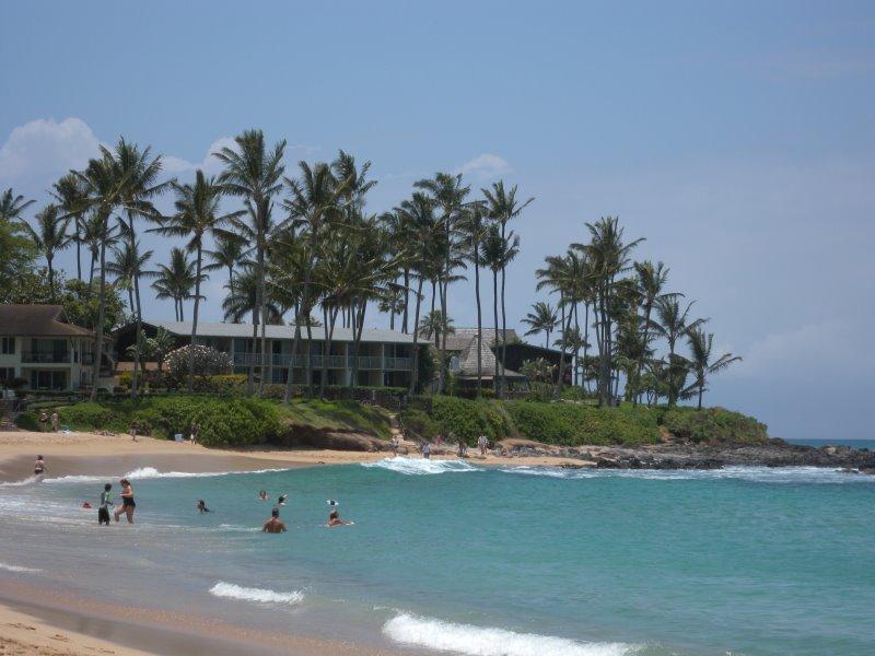 best-snorkeling-maui-beach-napili