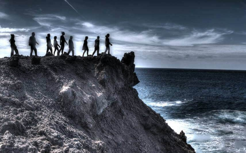People walking on the cliff - Lanzarote