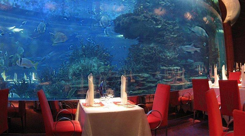 Restaurant under the sea