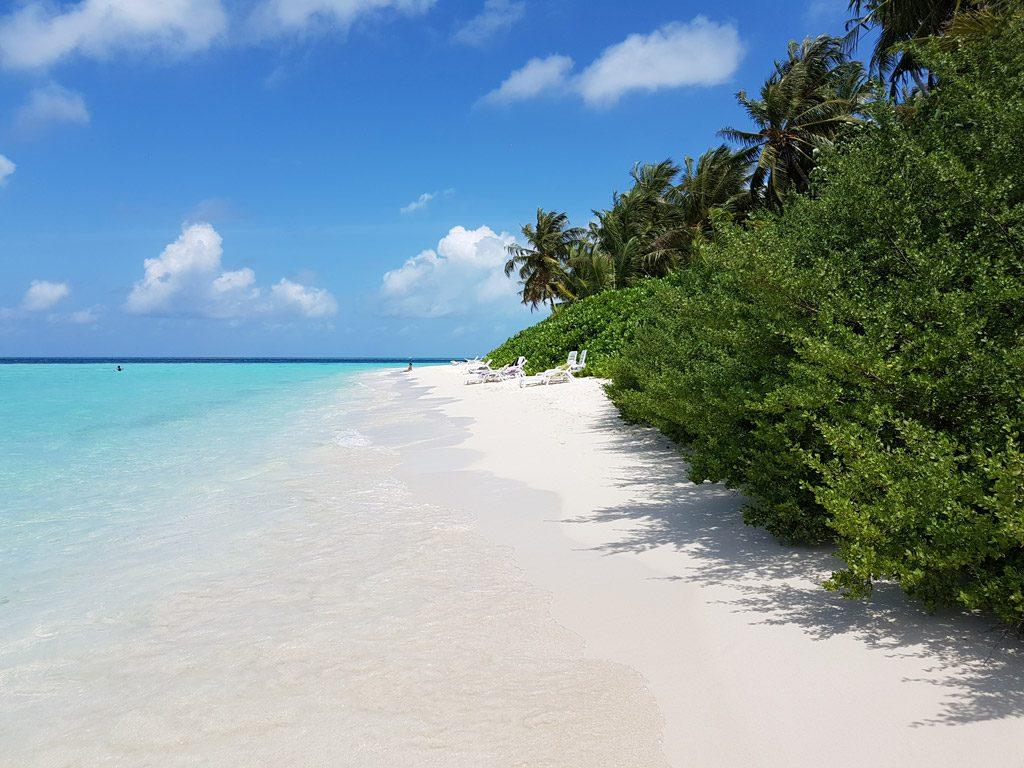 Biyadhoo-Island-white-sand-beach