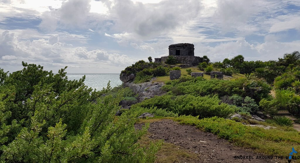 Mayan ruins Tulum - Caribbean Sea