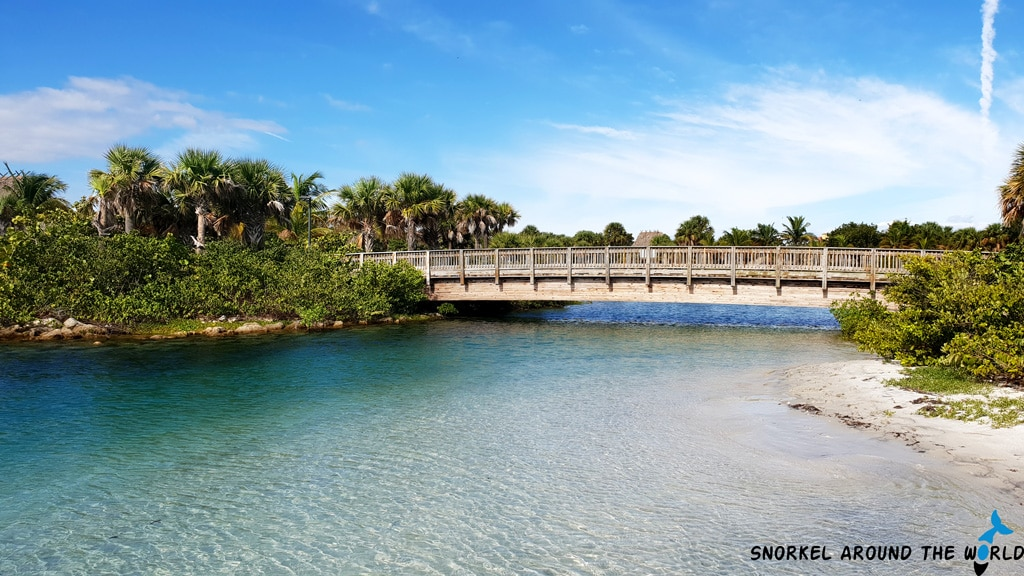 Bridge above the snorkeling lagoon
