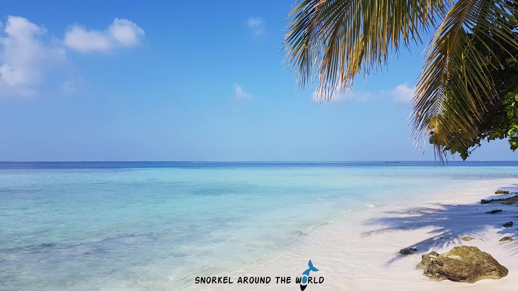 Rasdhoo Bikini Beach - Budget Maldives islands