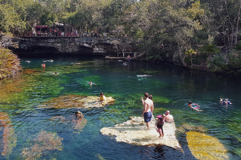 Snorkeling Eden cenote - Mexico