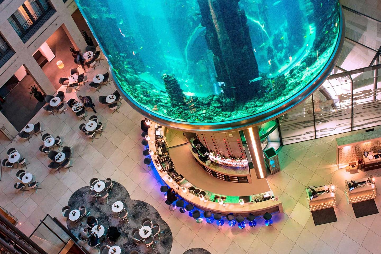Berlin AquaDom Atrium Bar