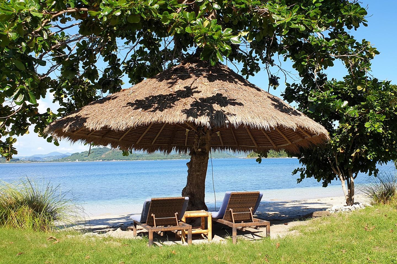 wooden beach furniture