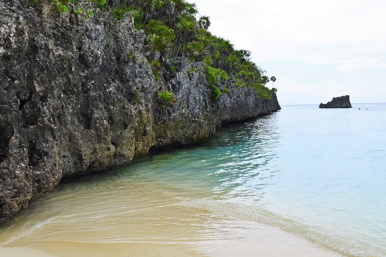 Grand Roatan Beach
