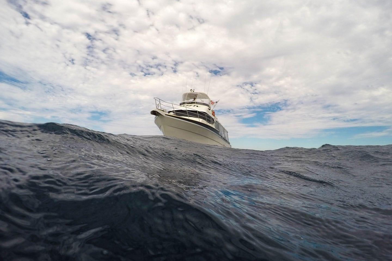 Snorkeling boat on wavy sea